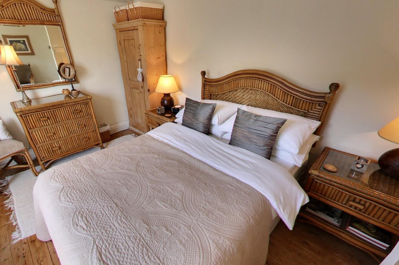 Master Bedroom Peak District Holidays Ltd 5 Star Self